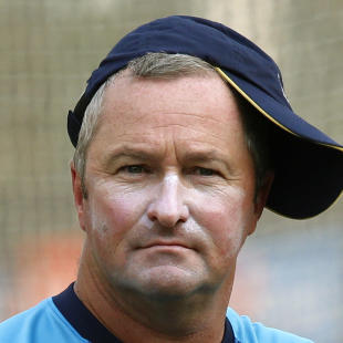 Sri Lanka coach Farbrace quits for England post