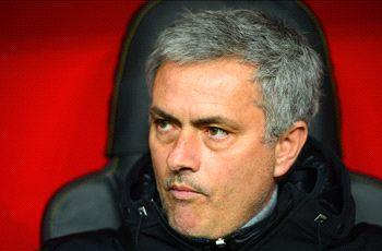 Jose Mourinho hits out at Premier League over Chelsea schedule