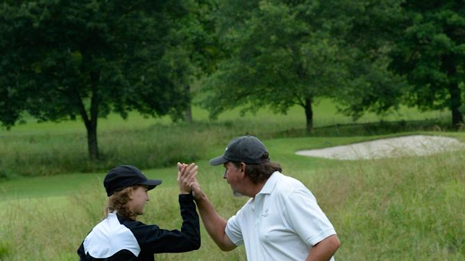 The 23nd Annual Vinny Pro-Celebrity-Junior Golf Invitational