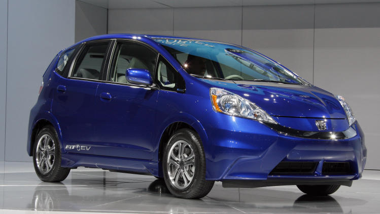 Honda electric car gets 118 mpg, but costs add up
