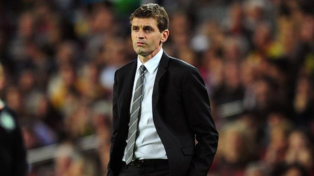 Champions League - Vilanova to make Paris trip