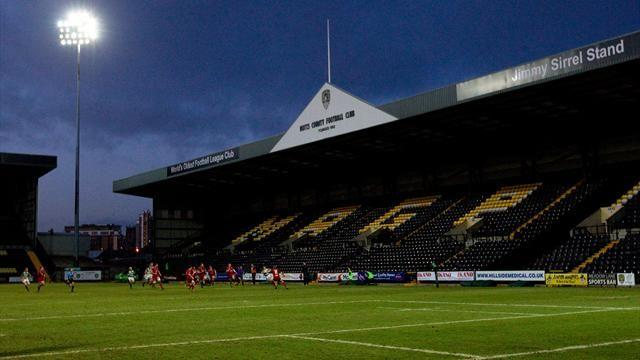 League One - Melvin staying with Notts County