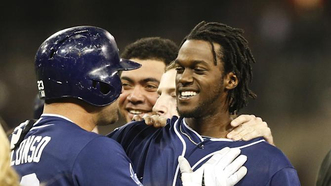Maybin's single lifts Padres over Nats 4-3 in 11