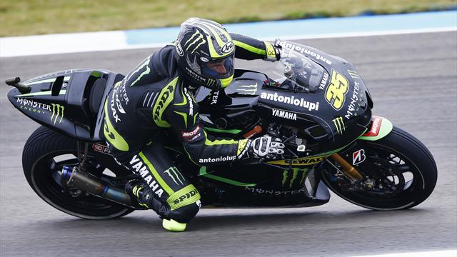 Motorcycling - Crutchlow claims maiden pole for Dutch GP