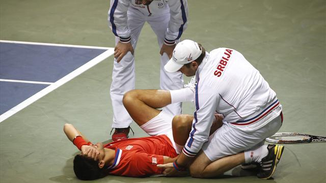 Tennis - Injured Djokovic grapples with Monte Carlo dilemma