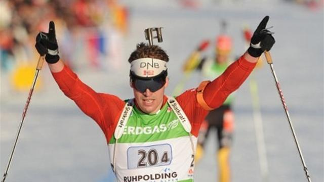 Biathlon - Svendsen anchors Norway to win