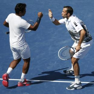 Paes-Stepanek in US Open final; Sania-Jie beaten