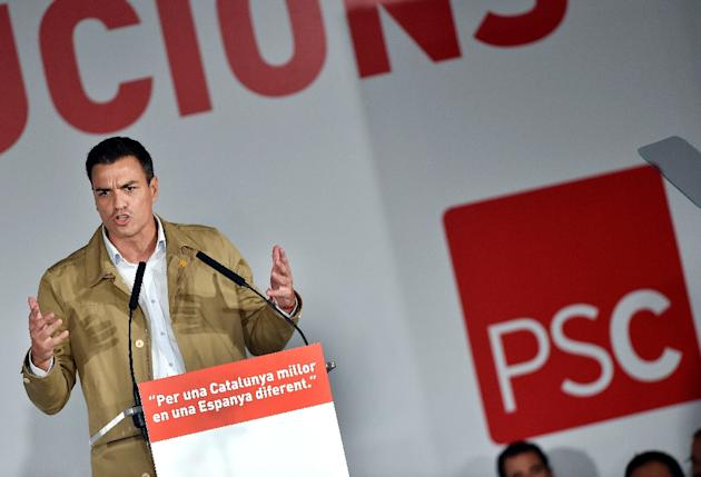 The leader of the Spanish Socialist Party Pedro Sanchez delivers a speech in Barcelona on September 11, 2015