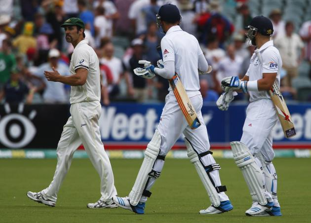 Australia's Johnson argues with England's Broad and Prior at end of fourth day's play in second Ashes cricket test at Adelaide Oval