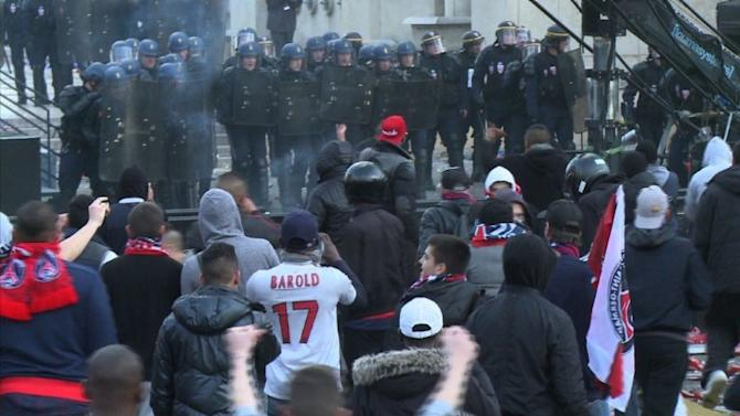 Supporter violence mars PSG victory parade