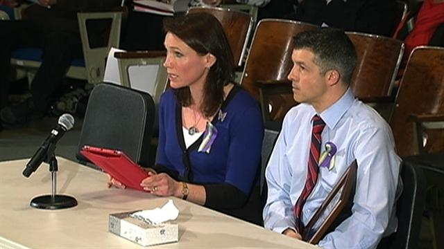 """Newtown mother to Conn. legislature: """"Don't give up"""""""
