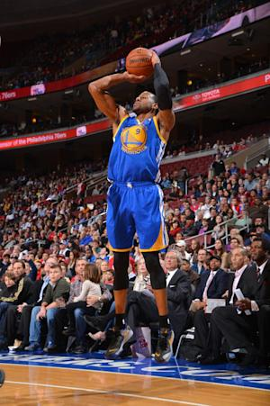 Iguodala, Warriors easily hand 76ers 1st loss