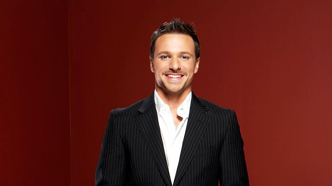 Drew Lachey hosts Dance War: Bruno vs. Carrie Ann.