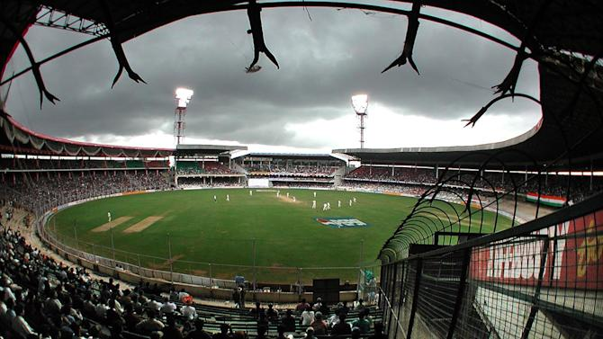 New Zealand's Doug Bracewell is expecting more turn for India's spin bowlers at the Chinaswamy Stadium