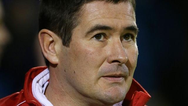 Football - Clough plays down attention