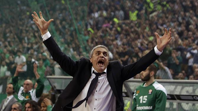 10ThingstoSeeSports - Panathinaikos' coach Argiris Pedoulakis reacts after a referee's decision during a Euroleague basketball match of Top 16 against Olympiakos at the Olympic Indoor Arena in Athens, Thursday, Feb. 20, 2014