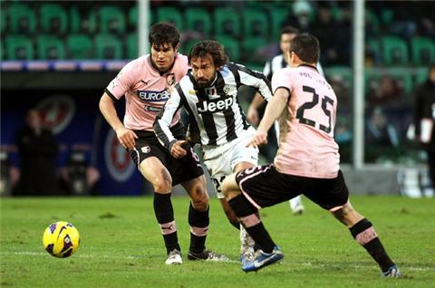 Juve win on Conte's return