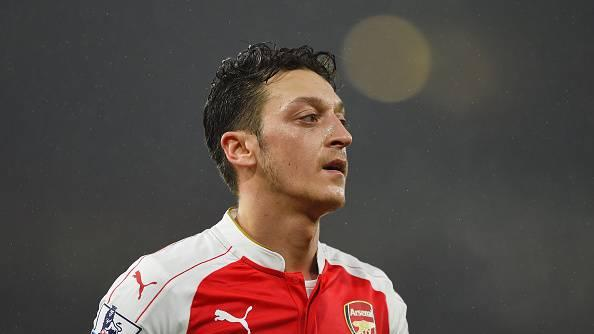 Arsenal midfielder Mesut Ozil emerges as a target for Barcelona, say reports in Spain