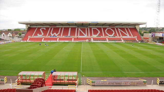 League One - Swindon release Roberts