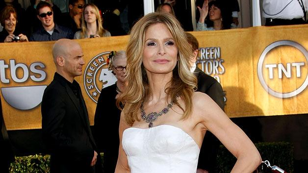 Kyra Sedgwick arrives at the 15th Annual Screen Actors Guild Awards held at the Shrine Auditorium on January 25, 2009 in Los Angeles, California.