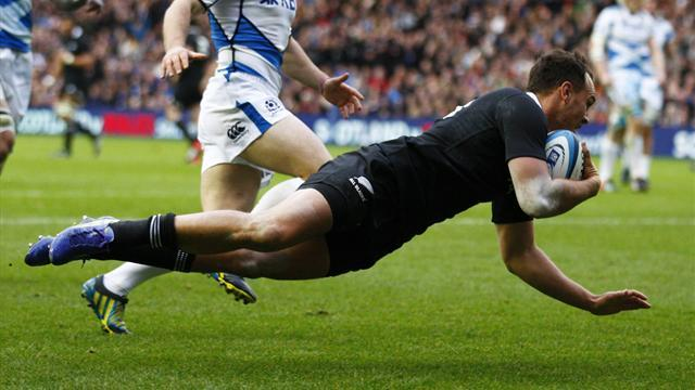 Rugby - New Zealand cruise past Scotland