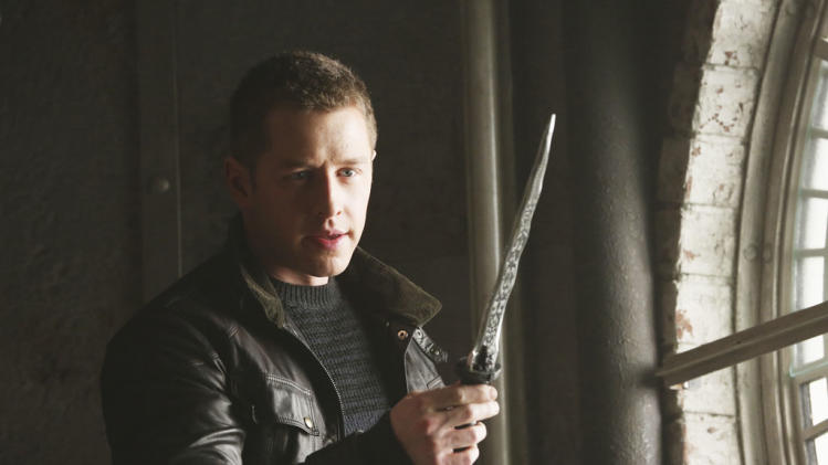 """Once Upon a Time"" - ""The Queen is Dead"" JOSH DALLAS"