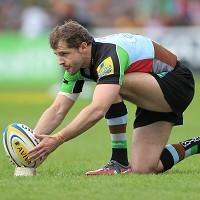 Nick Evans made a conversion and kicked four penalties and a drop goal for Harlequins