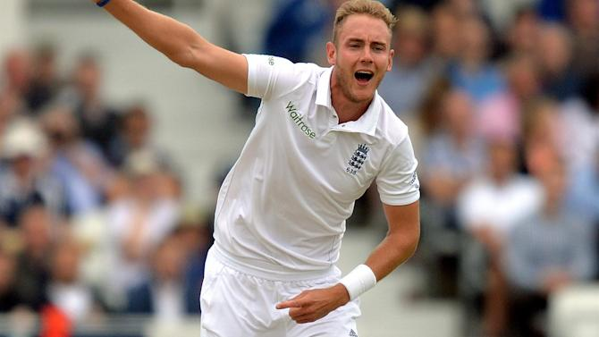 Cricket - England's Broad claims hat-trick without even realising