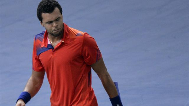 Tennis - Tsonga down and out of Paris and London
