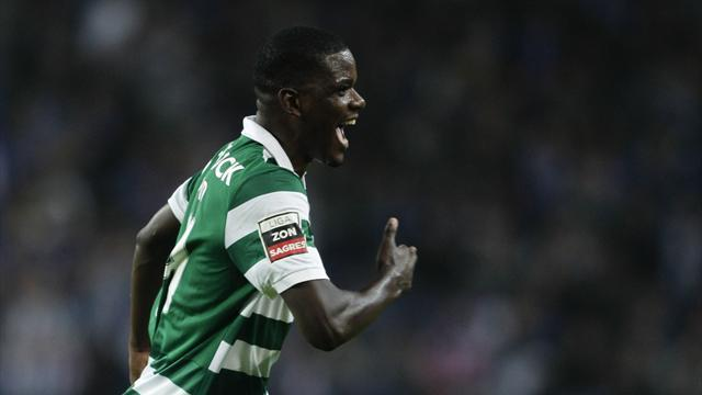 Liga - Barca and Madrid chasing Carvalho