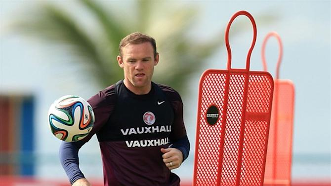 World Cup - Rooney has dig at former team-mate Ronaldo