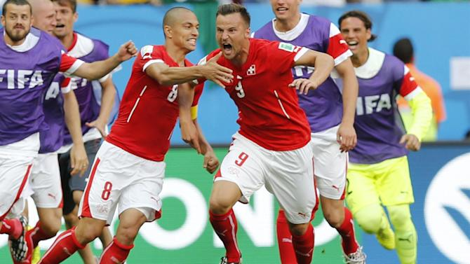 World Cup - Seferovic seals late win for Swiss over Ecuador