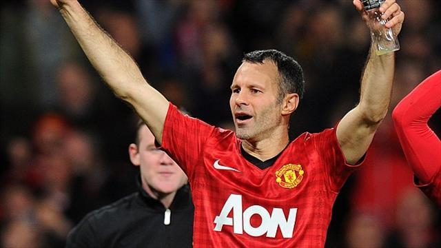 Premier League - Giggs revels in 13th title