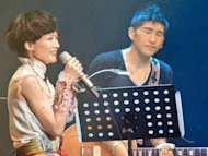Candy Lo announces marriage at her concert
