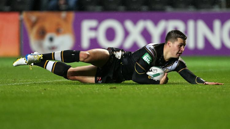 Rugby League - Super League Elimination Play Off - Hull FC v Catalan Dragons - KC Stadium