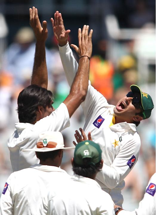 South Africa v Pakistan - Second Test - Day Three