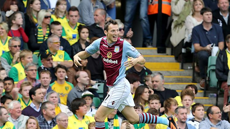 Soccer - Barclays Premier League - Norwich City v Aston Villa - Carrow Road