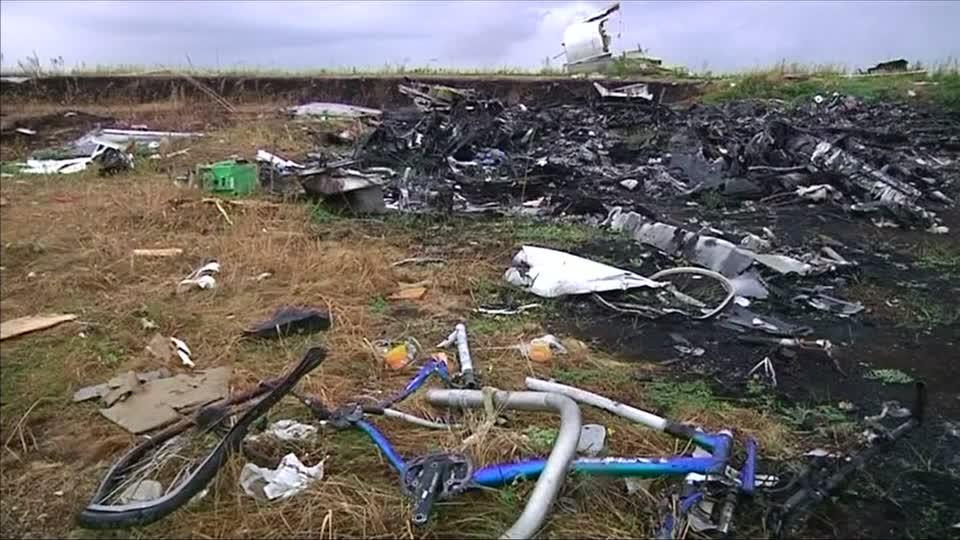 01T173638Z 1 LOP000H2XVH9H RTRMADP BASEIMAGE 960X540 MALAYSIA AIRLINES