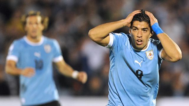 South American Football - Suarez strike gives Uruguay friendly win over France