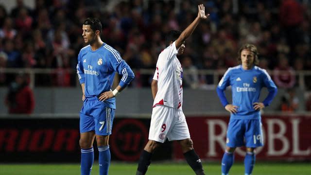 Liga - Real Madrid title challenge dealt blow as Sevilla claim comeback win