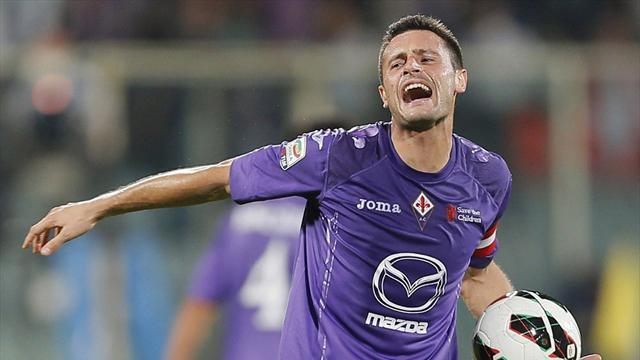 Serie A - Pasqual signs Fiorentina extension