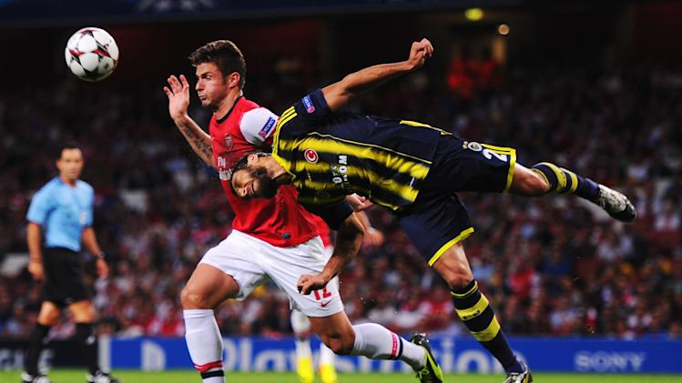 Arsenal v Fenerbahce SK - UEFA Champions League Play-offs: Second Leg