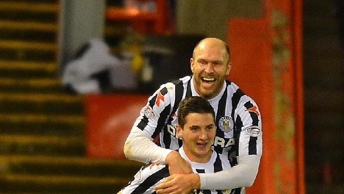 St Mirren's goalscorers Kenny McLean, bottom, and Sam Parkin celebrate