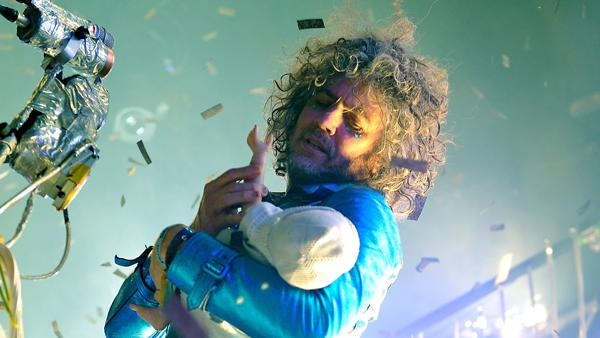 Flaming Lips Dust Off Rarities at Intimate Louisville Gig
