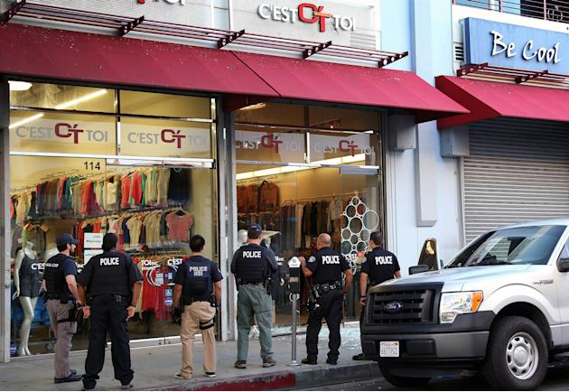 2 plead guilty in Los Angeles fashion district raids