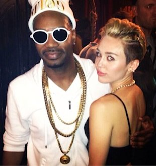 Miley Cyrus Performs Booty-Shaking Twerking Dance On Stage At Juicy J Concert (WATCH)