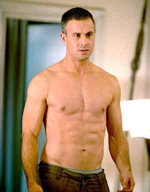 Freddie Prinze Jr. Goes Shirtless, Shows Off Six Pack on The Witches of East End Set: Picture