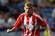 Sunderland midfielder McClean close to Wigan move