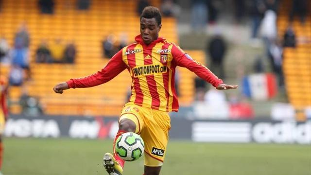 Premier League - Fulham snap up Lens youngster Plumain