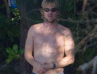 pst Owen Wilson In Hawaii